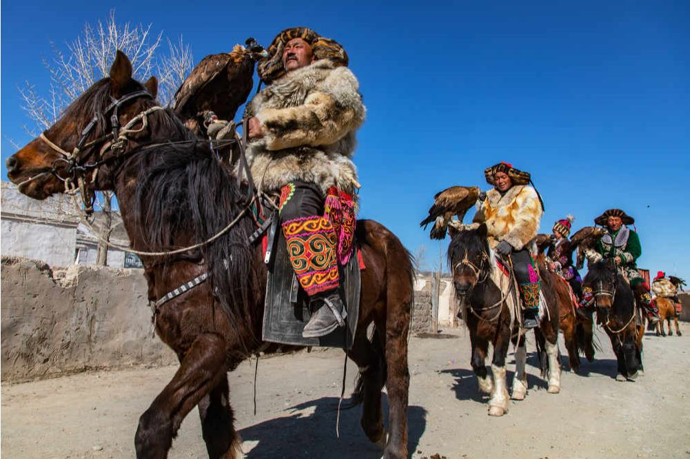 The Adventure Of A Lifetime: 16 Days With The Famed Eagle Hunters Of