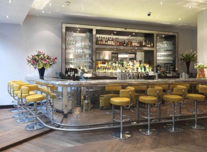 The Botanist on Sloane Square bar