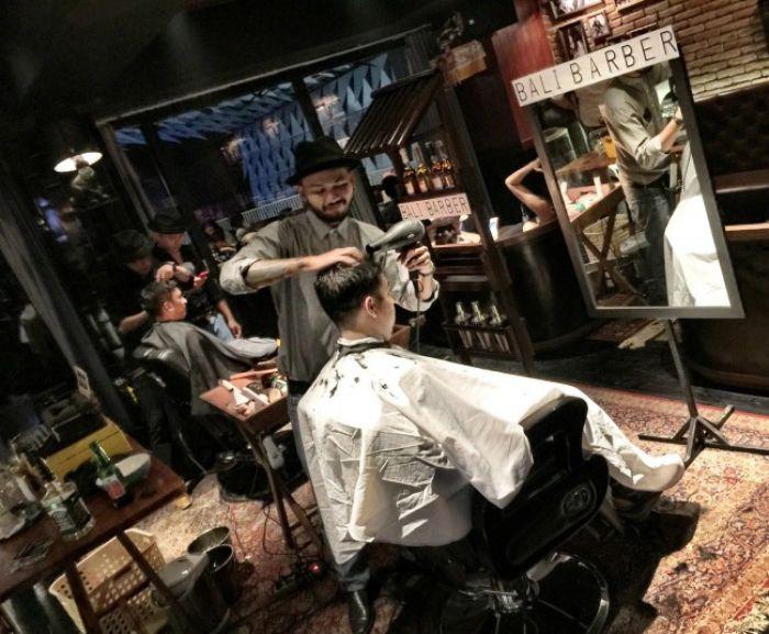 Bali: The Barber of Bali