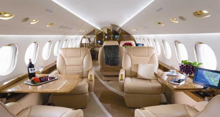 Private jet interior/Doug Gollan