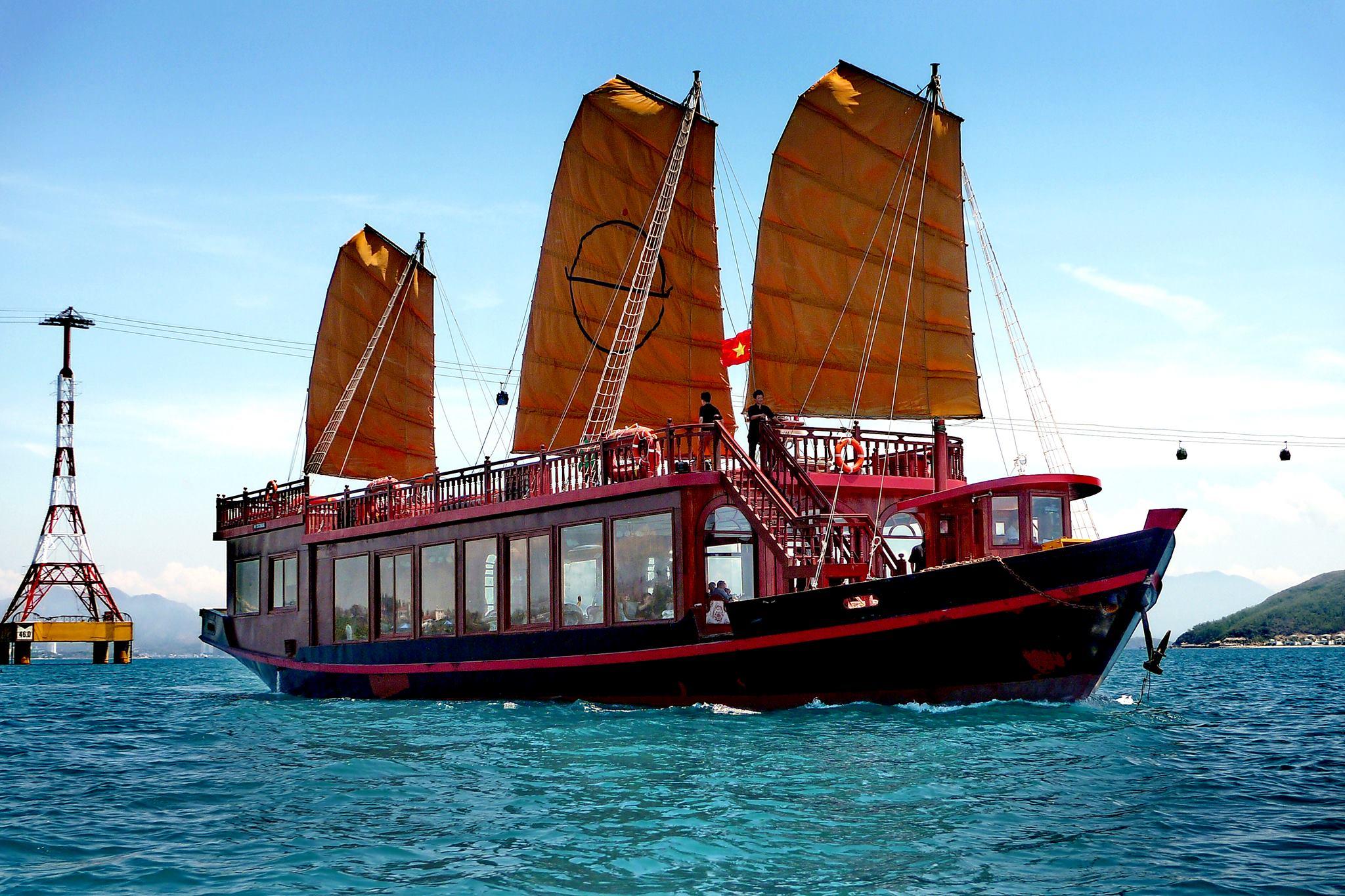 emperor cruises