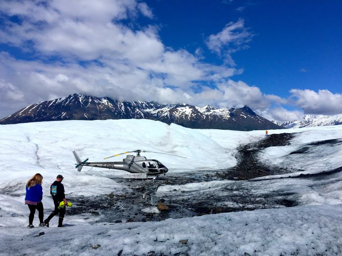 helicopter landing on Knik