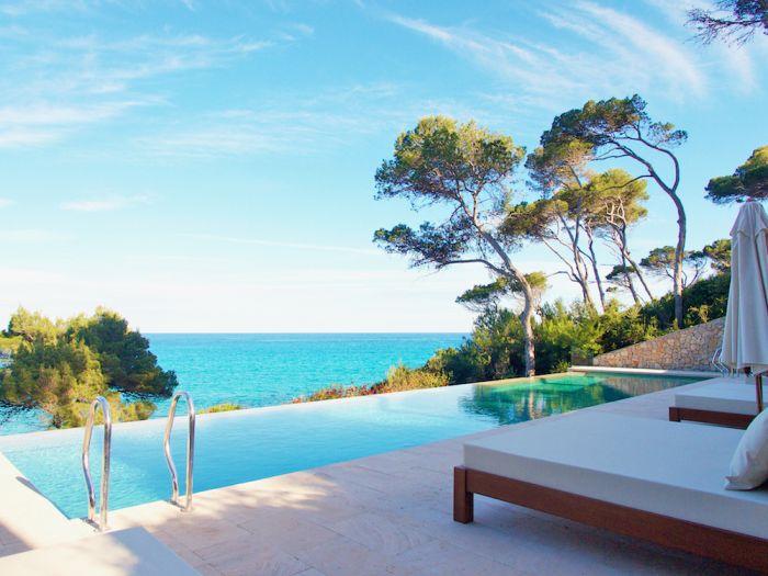 Mallorca's Can Simoneta is a Recipe for Laid-Back Island Leisure