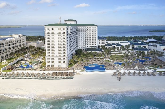 Discover A New Point Of Blue With JW Marriott Cancun