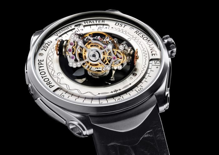 Vianney Halter, the Swiss Watchmaker Introduces the Deep Space Resonance post thumbnail image