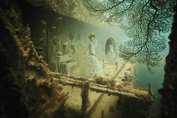 Andreas Franke's Underwater Gallery Channels Ghosts of the ...