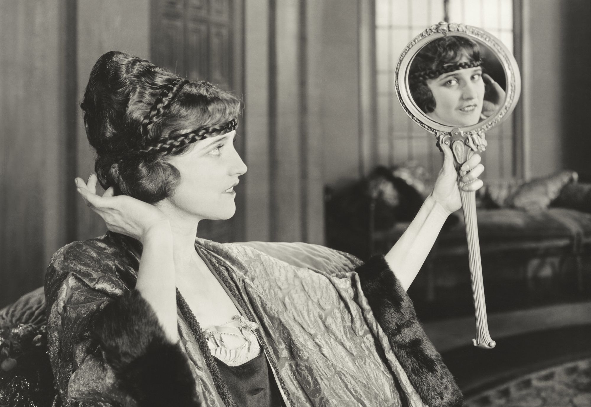 most dangerous beauty trends in history