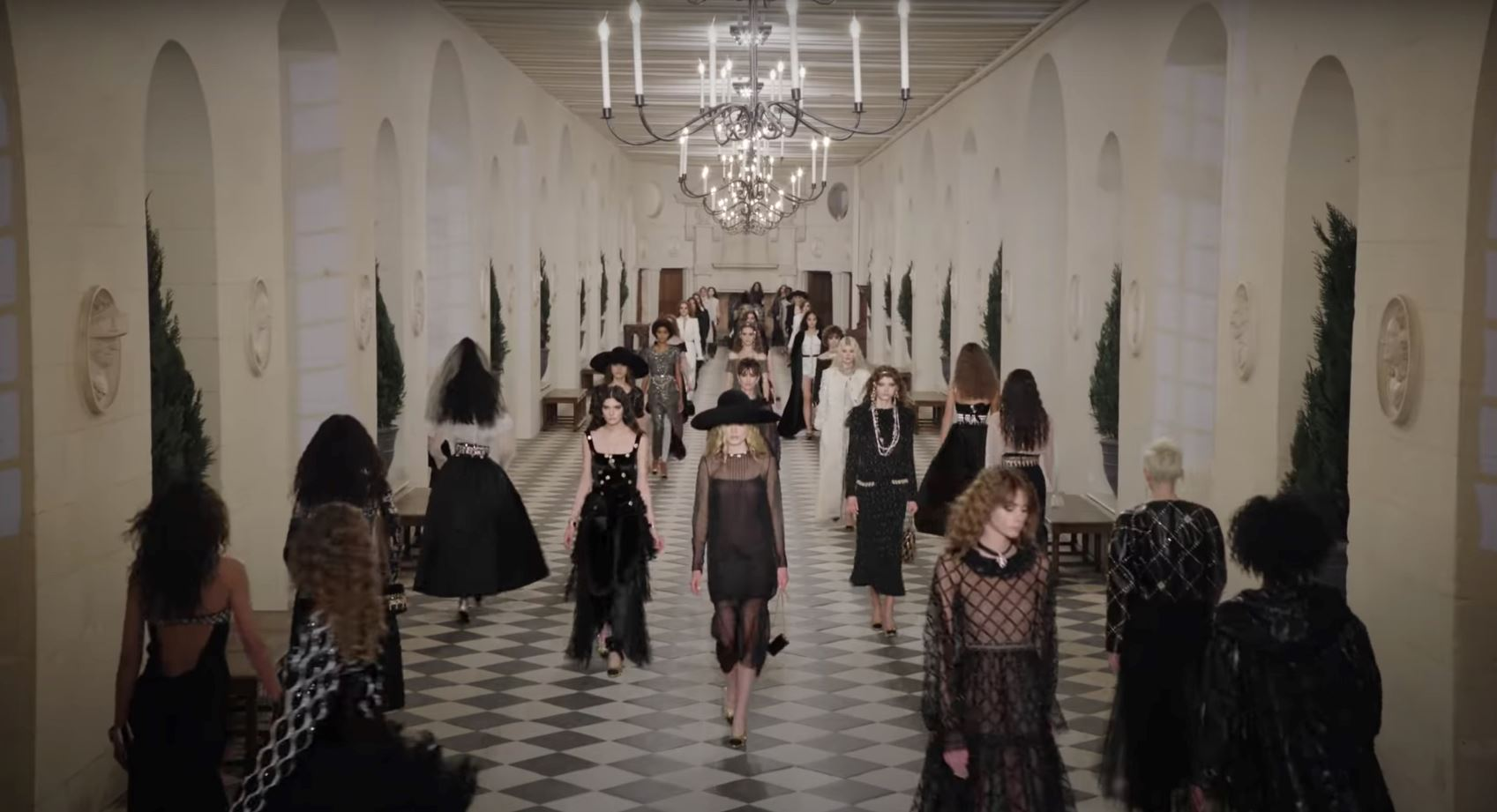 Chanel Celebrates the Latest Metiers D'art Collection at the Chateau de Chenonceau post thumbnail image