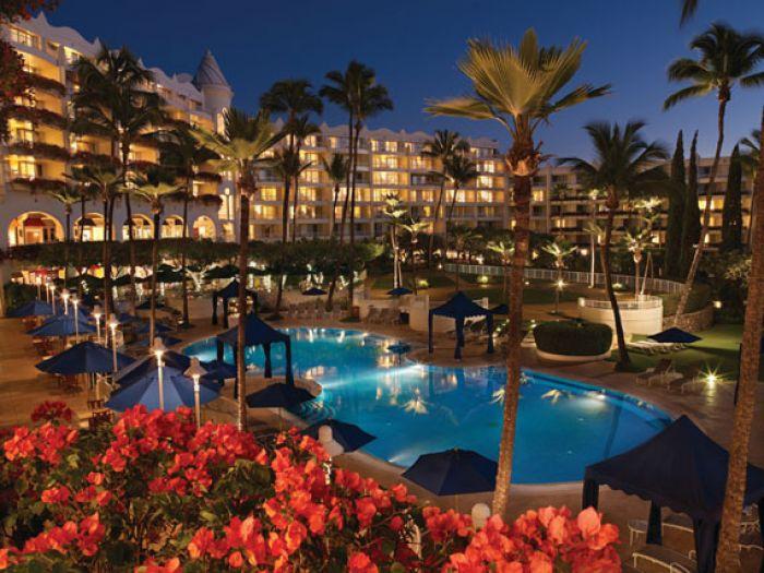 Page 2 Fairmont Kea Lani Maui The Heavenly White Hotel That S Green Tastic Luxury Hotel