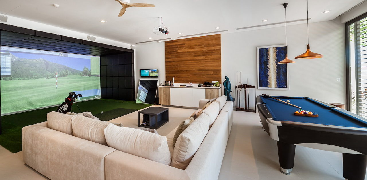 In-Room Golf