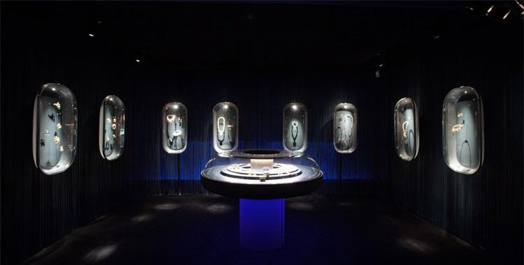 Van Cleef & Arpels Decorative Arts Museum Exhibition