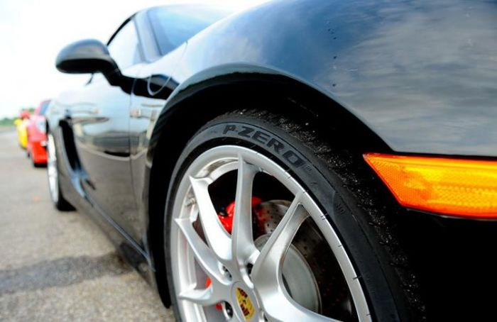 Best All Weather Tires >> Highest Rated Seasonal Tires for Your Luxury Vehicle