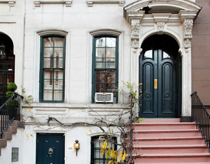 Breakfast at tiffany 39 s manhattan townhouse for sale at 5 for Manhattan townhouse for sale