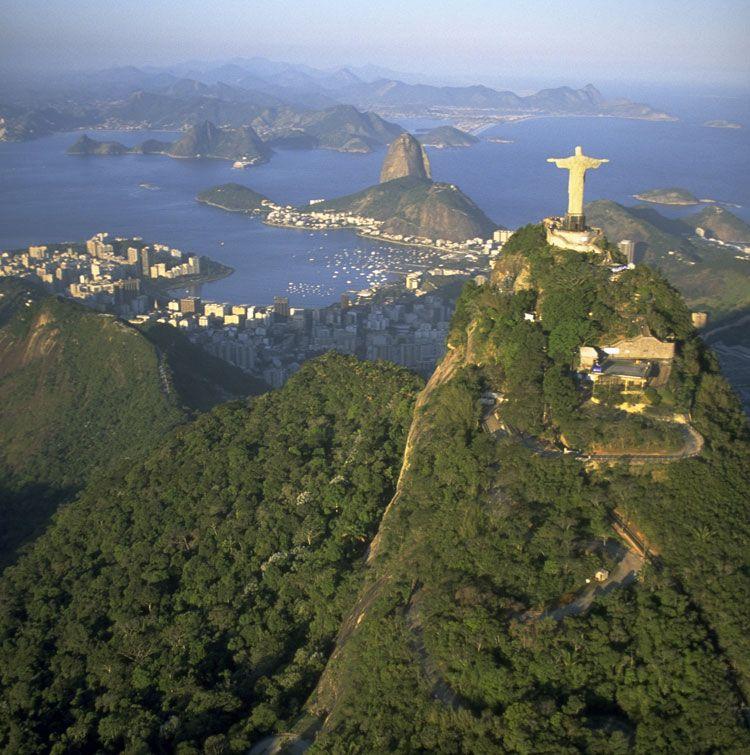 Rio De Janeiro Christ the Redeemer Statue