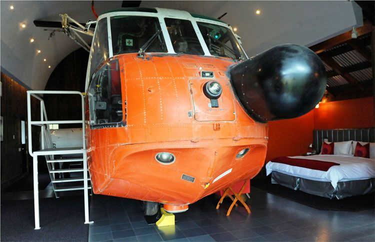 The helicopter Cottage winvian