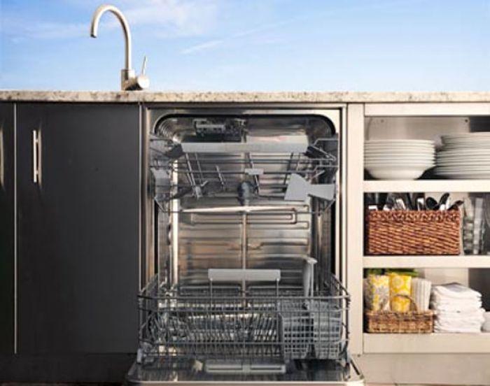 Kalamazoo Introduces Luxe Outdoor Dishwasher