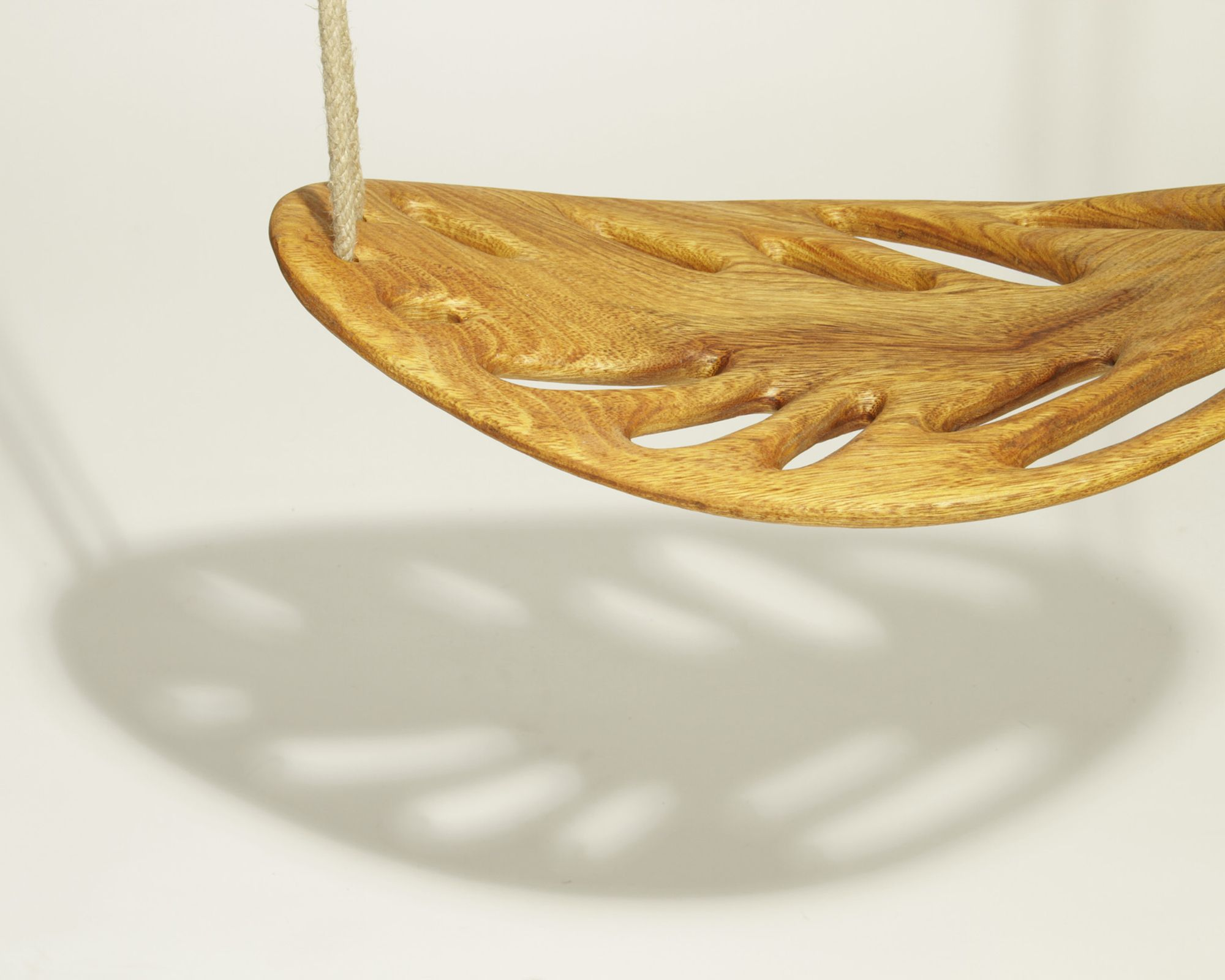 Ver�nica Mart�nez leaf swing