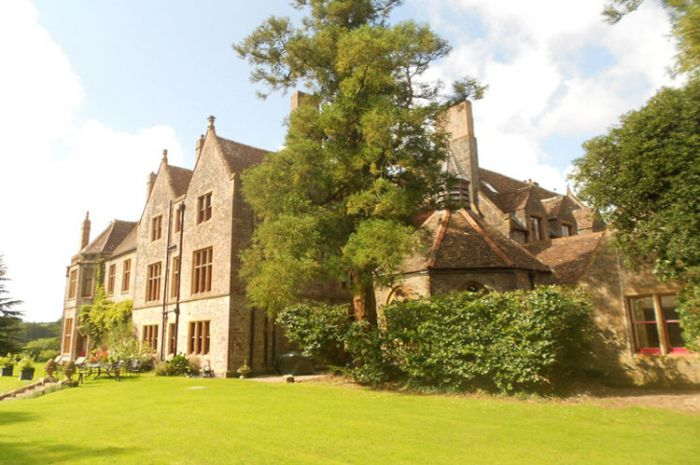 Huntsham Court