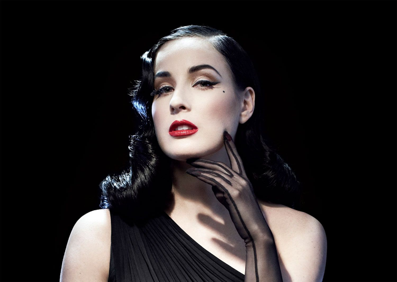Canyon Ranch Brings Sexy Back With Dita Von Teese