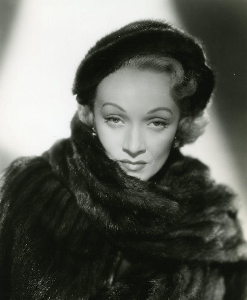 Marlene Dietrich no highway