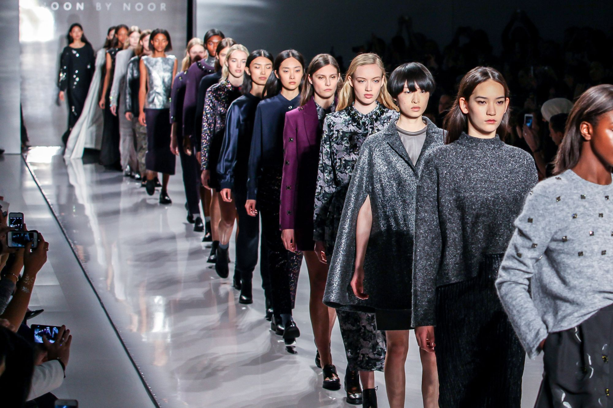 Live Stream of Runway Shows @ New York Fashion Week 49