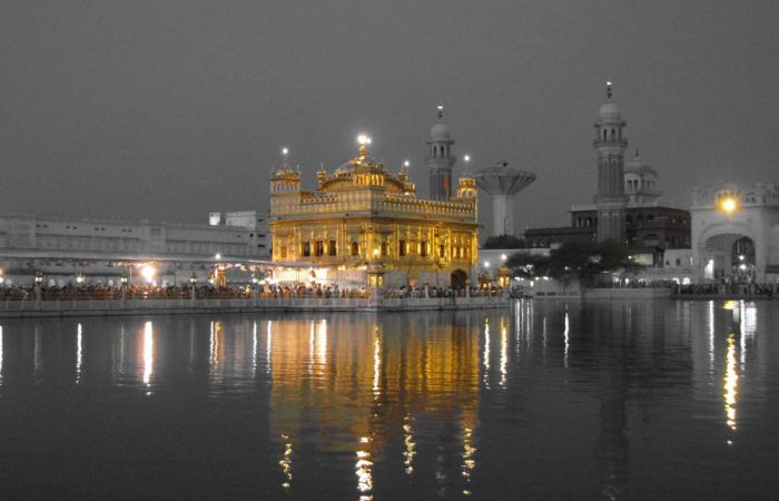 Golden Temple in Amritsar - The most sacred Sikh Takht in the w