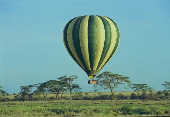 Ballooning int the Serengeti