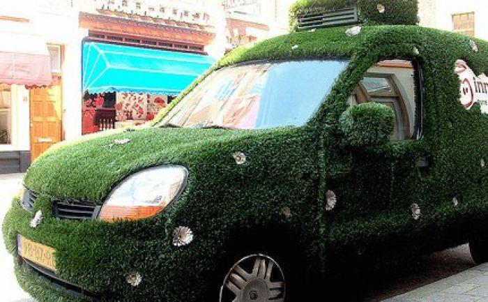 'Green' car