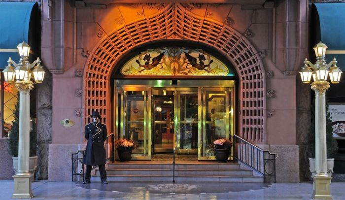 Brown Palace entrance
