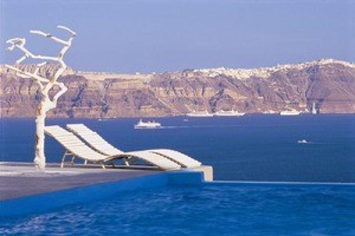 Astarte Suites Hotel �? Infinity pool �? Santorini Greece ? a l