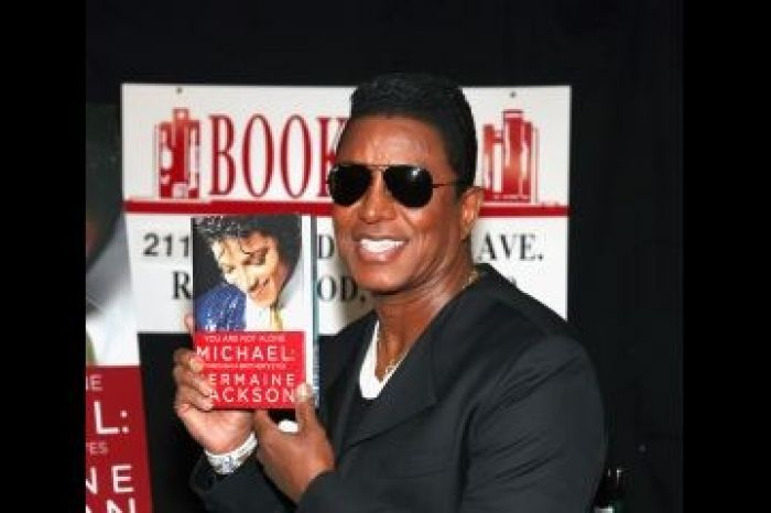 Jermaine Jackson promoting his book