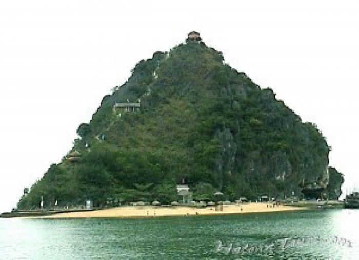 Ti Top Beach Island