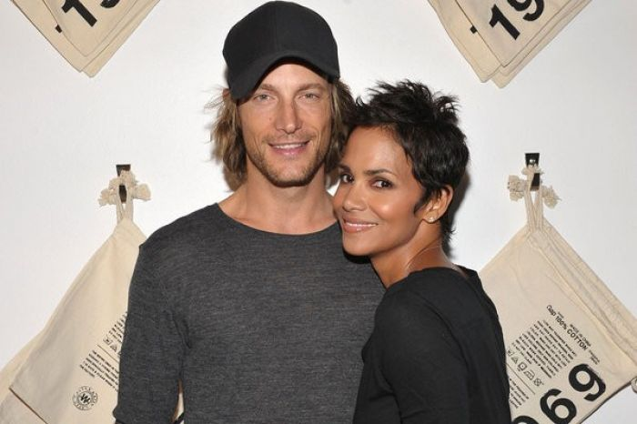 Halle Berry with ex, Gabriel Aubry in 2009