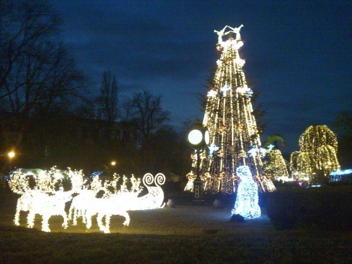 Christmas decoration in Cismigiu Garden, Bucharest.