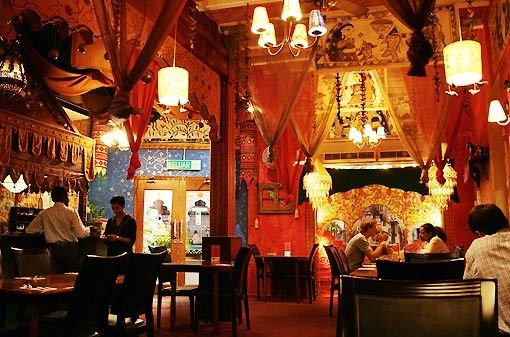 Indian restaurant binds people of origin the best