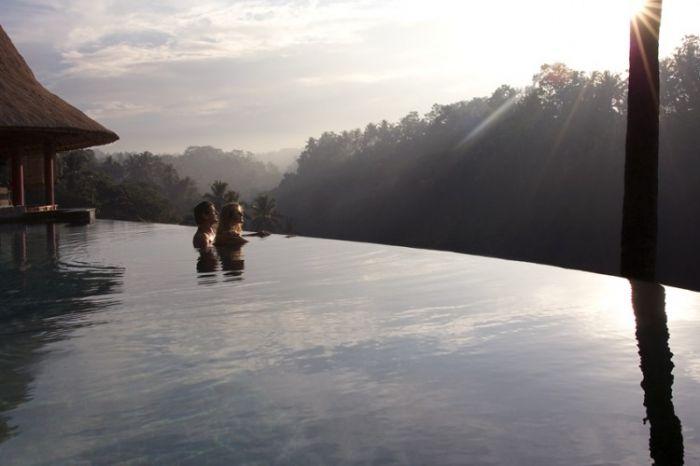 Viceroy Bali Romantic Sunrise