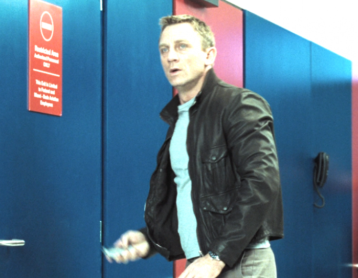 Daniel Craig in Black Leather Jacket