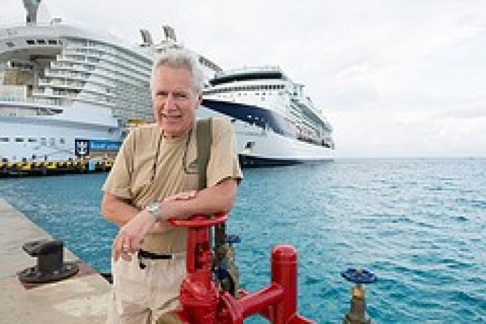 Alex Trebek dockside during TCM Classic Cruise