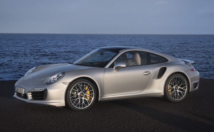 Porsche Introduces the New 911 Turbo