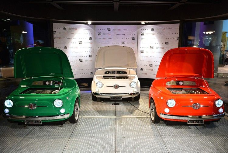 Smeg 500 Bar Fridge Recalls the Spirit of the Fiat Cinquecento