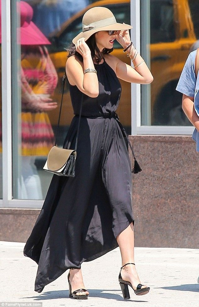Olivia Munn's Summer Wear