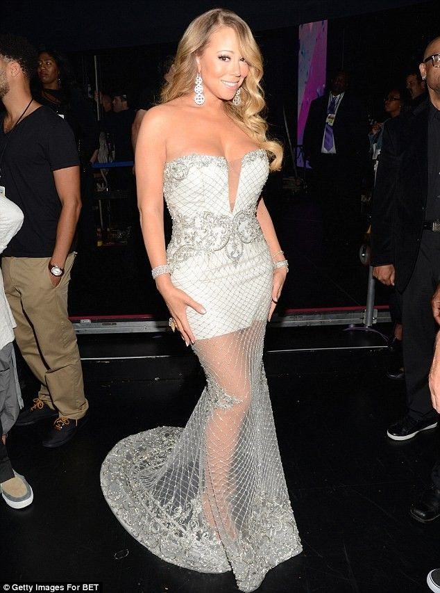 Mariah Carey\'s Lip-Sync Scandal Overshadowed A Glorious Gown