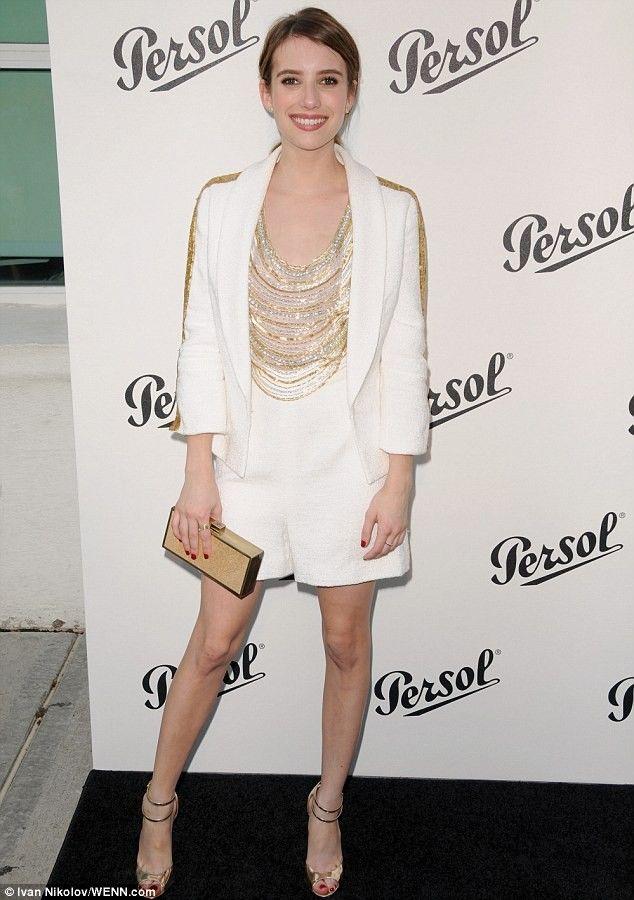 Emma Roberts' Shorts-Suit