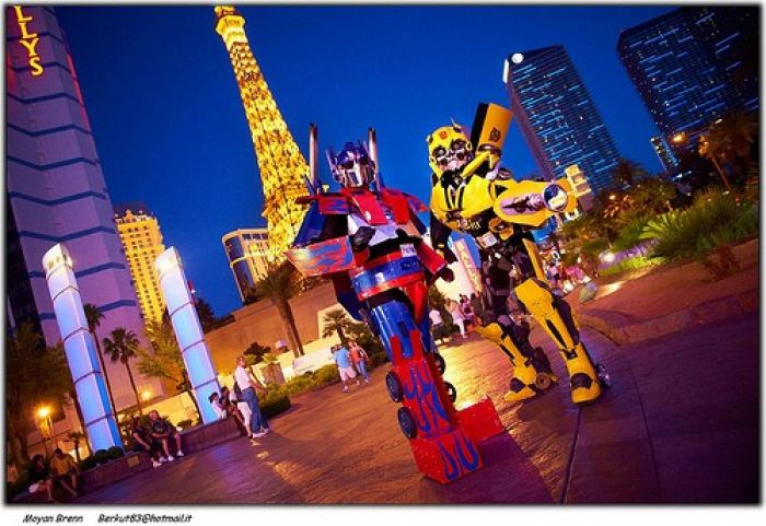 Folks dressed up as transformers in Las Vegas.
