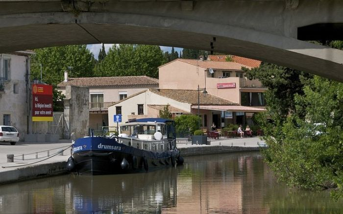 Stress-free barging through France