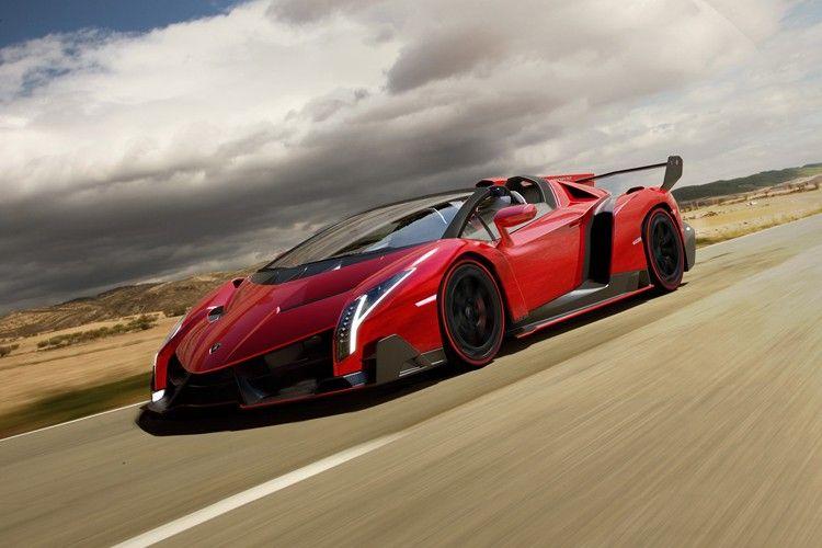 Lamborghini's New $4.5M Veneno Roadster