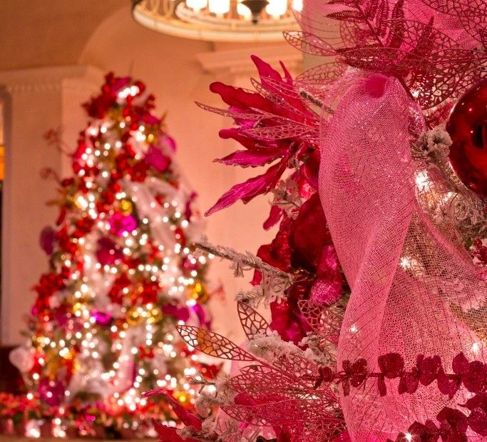 We Re Dreaming Of A Pink Christmas From Marrakesh To Hawaii