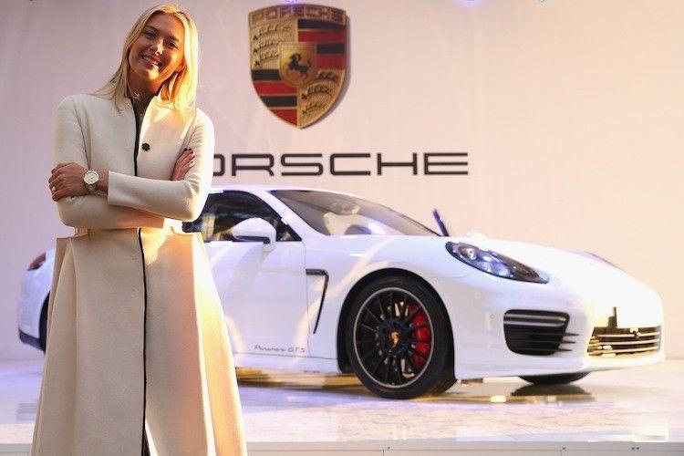Maria Sharapova  Porsche Panamera GTS