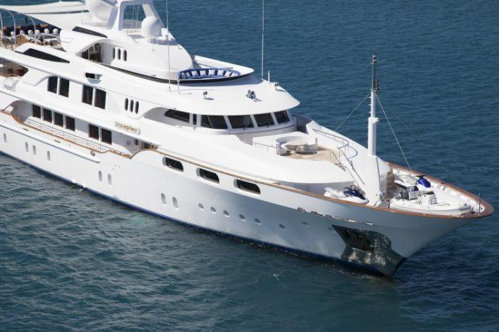 MY STARFIRE - Luxury Yacht Charter