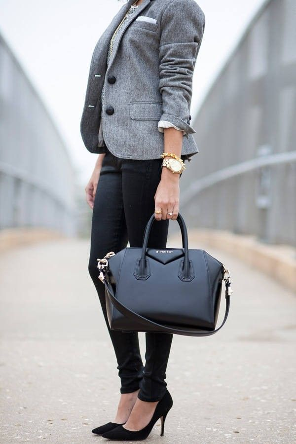 Just because your office is casual doesn�t mean that you need t